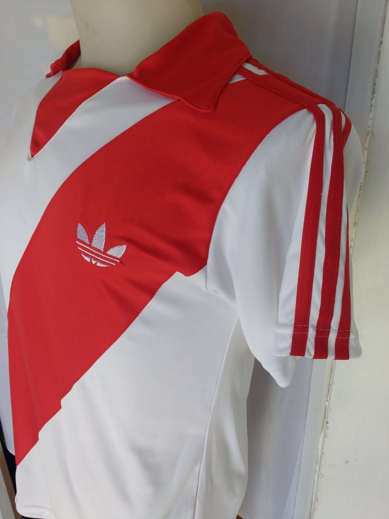 taquito y gambeta - Retros Fútbol Argentino - retro River Plate 1984