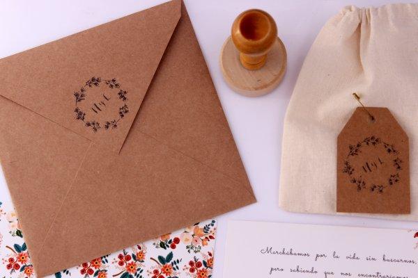 LA LUNA EN PUNTAS DE PIE - INVITACIONES - Diseño Acacia x100