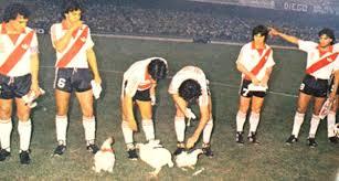 retro River Plate 1984 - taquito y gambeta
